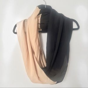 Accessories - URBAN OUTFITTERS•Two Tone Lightweight Circle Scarf